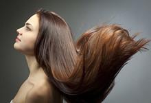 女性头发发黄是什么原因 头发发黄吃什么可以改善